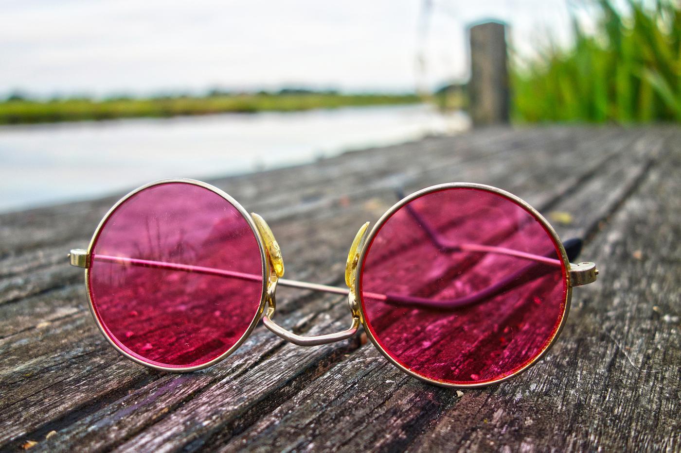 Mit der rosa Brille sehen